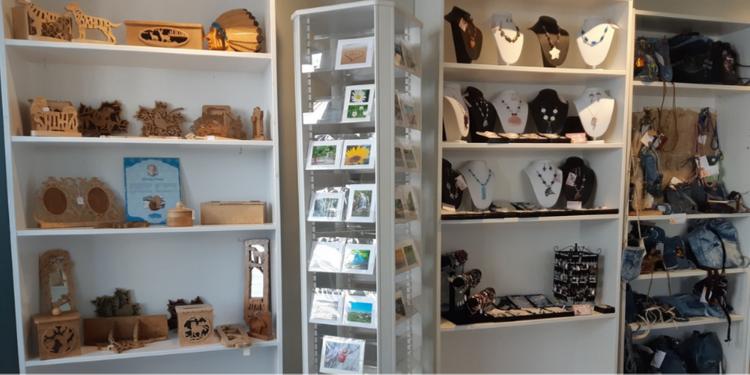 Boutique d'Artisanat Chal Baie